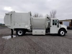 2011 FREIGHTLINER BUSINESS CLASS M2 112 6185526041